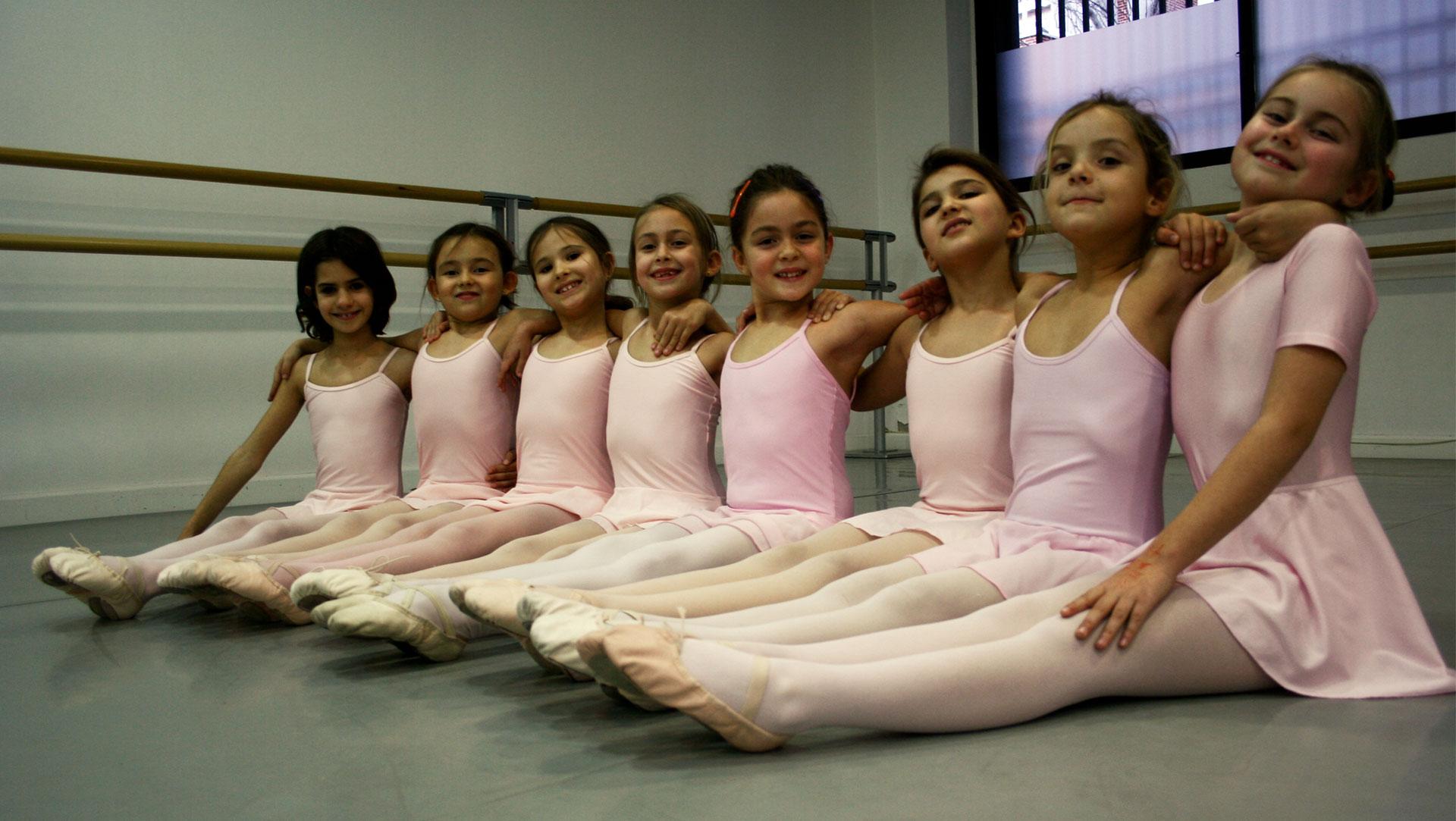 niñas de ballet básico